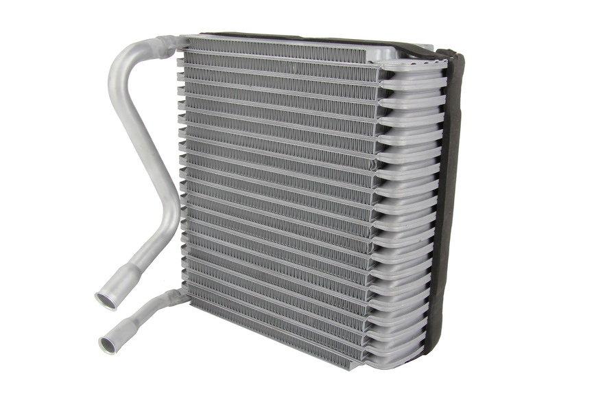 Parownik klimatyzacji THERMOTEC KTT150002 - darmowa dostawa do 5000 warsztatów Motointegrator Partner i 170 sklepów Inter Cars