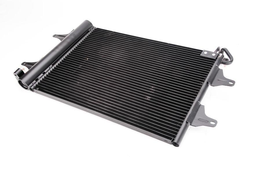 Chłodnica klimatyzacji THERMOTEC KTT110029 - darmowa dostawa do 5000 warsztatów Motointegrator Partner i 170 sklepów Inter Cars