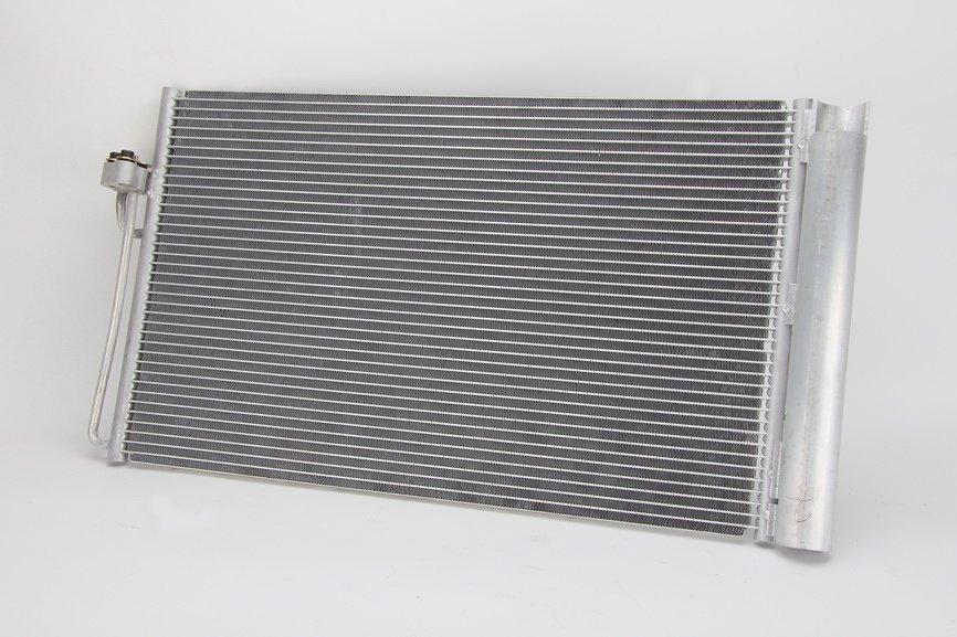 Chłodnica klimatyzacji THERMOTEC KTT110051 - darmowa dostawa do 5000 warsztatów Motointegrator Partner i 170 sklepów Inter Cars